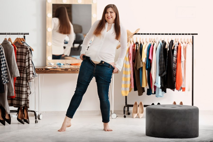 Trendy jeans plus-size fashion stylish outfit